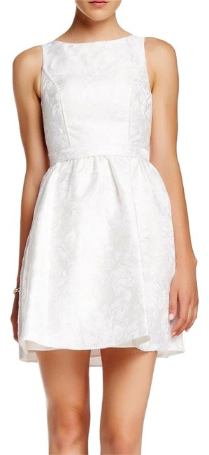 Item - Ivory Floral Jacquard Party Above Knee Cocktail Dress Size 8 (M)