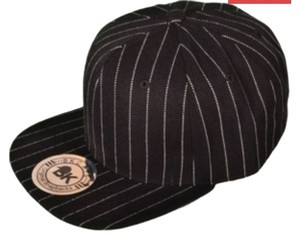 unknown Snapback Black/White