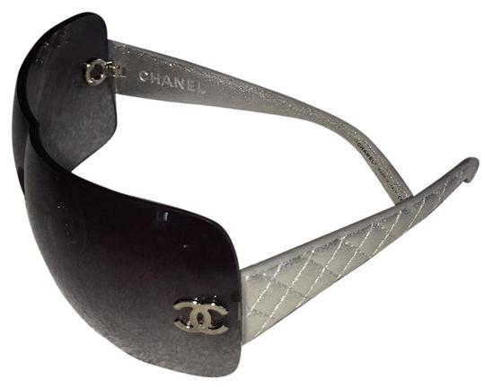 Preload https://img-static.tradesy.com/item/15636160/chanel-silver-and-gray-4157q-sunglasses-0-2-540-540.jpg
