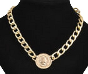 Other Women's Fashion Jewelry Gold Plated King Pendant Chain Necklace