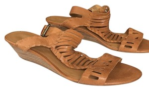 Nine West caramel Sandals