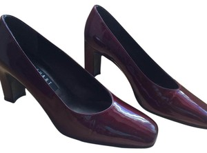 Stuart Weitzman Patent Leather Leather Burgundy Pumps