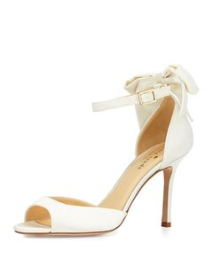 Kate Spade Ivory Izzie Formal Size US 6 Regular (M, B)