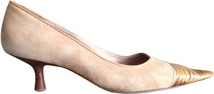 Chanel Nude Beige tan Pumps