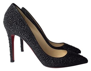 Christian Louboutin 6 7 black Pumps