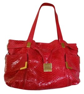 Michael Kors Excellent Condition Gold Leather Lining Tote in FUSHCIA RED