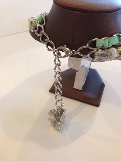 Chanel CHANEL AUTHENTIC NWT (4) LEAF CHARM AND GREEN MULTI COLOR TWEED NECKLACE