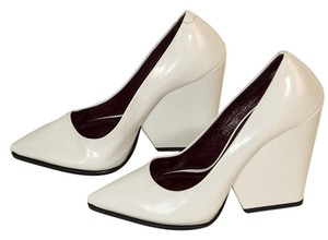 Céline white Pumps