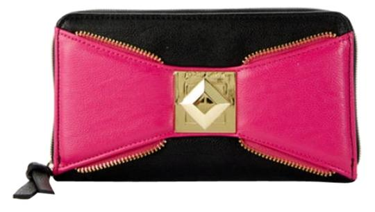 Betsey Johnson Bow Zip Zip Around Wallet Pink - Black Clutch