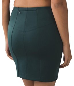 Lululemon Mini Skirt Dark Fuel (green)