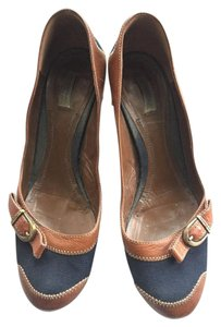 Burberry Heels Nova Navy and Brown Leather trim Pumps