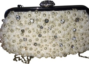 Lulu Townsend White Clutch