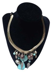 Howlite collar necklace.