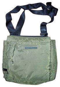 Kenneth Cole Reaction Insulated Unisex Adjustable Eco-friendly Water Resistant Olive Messenger Bag