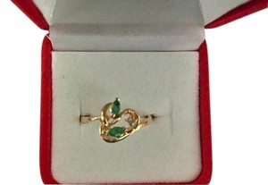 NWT Emerald and Diamond 14k Yellow Gold Cocktail Ring Size 7