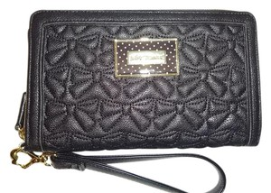 Betsey Johnson Black quilted bows oversized zip around wallet