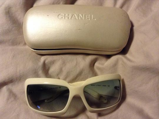 Chanel Chanel 5076 white CC Logo Mother of Pearl Sunglasses Wrap gray