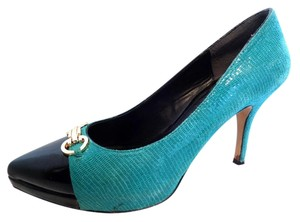 White House | Black Market 7 Teal Pumps