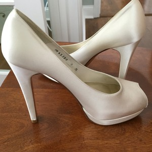 Stuart Weitzman Wedding Shoes