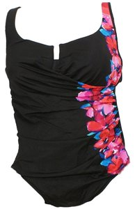 Miraclesuit Garland Floral Underwire Escape Swimsuit 24W