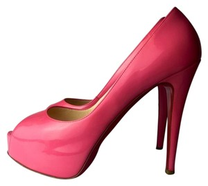 Christian Louboutin 8.5 pink Pumps