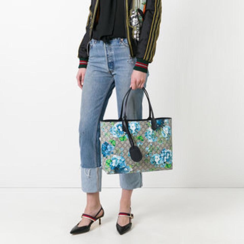 d9840279415 Gucci Gg Blooms Reversible Midnight Blue Flower Canvas Leather Tote ...