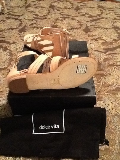 Dolce Vita Tan Sandals