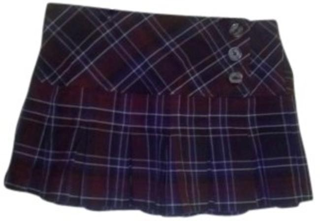 Preload https://item1.tradesy.com/images/no-boundaries-brown-burgandy-and-cream-plaid-miniskirt-size-6-s-28-156650-0-0.jpg?width=400&height=650