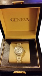 Geneva Geneva diamond bezel ceramic bracelet watch