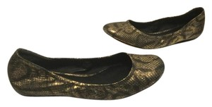 Vera Wang All Leather Reptile Pattern Padded Insoles Gold brown Flats