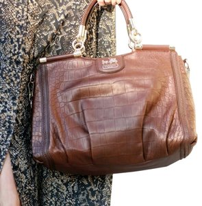 Coach Satchel in Bronze