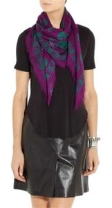 Alexander McQueen Skull-print modal and cashmere-blend scarf