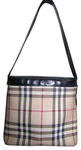 Burberry Tote in plaid beige