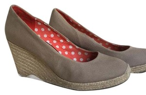 Merona Natural Wedges