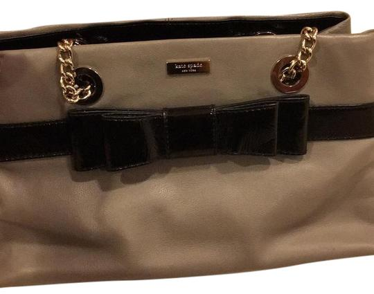 Preload https://img-static.tradesy.com/item/15672136/kate-spade-bow-grey-leather-baguette-0-1-540-540.jpg