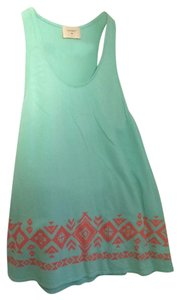 Everly Top Pastel green