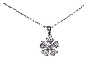 Flower Diamond Pendant with Necklace