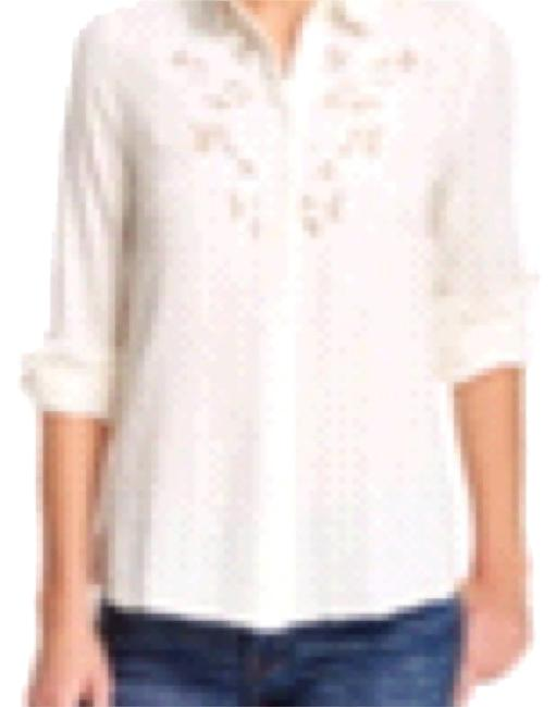 Preload https://img-static.tradesy.com/item/15672739/free-people-button-down-top-size-8-m-0-1-650-650.jpg