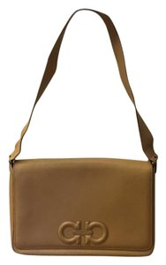 Salvatore Ferragamo Handbag Leather Tote in Tan