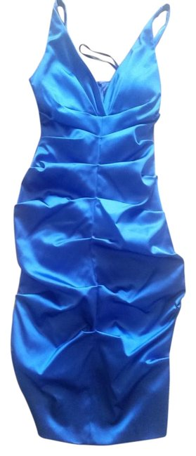 Preload https://img-static.tradesy.com/item/15675385/xscape-blue-fitted-ruched-sheath-knee-length-cocktail-dress-size-4-s-0-1-650-650.jpg