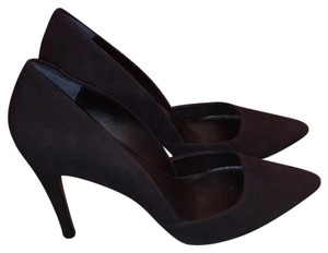 Trina Turk Black Pumps