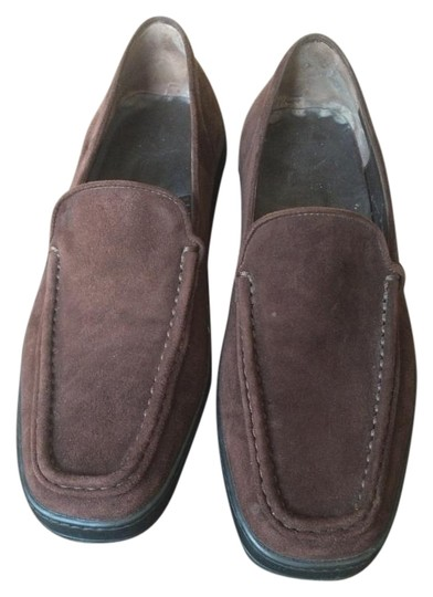 Preload https://img-static.tradesy.com/item/15675808/tod-s-brown-suede-loafers-flats-size-us-8-regular-m-b-0-1-540-540.jpg