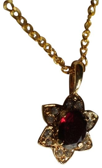 Preload https://item3.tradesy.com/images/like-new-garnet-wcrystals-necklace-156802-0-1.jpg?width=440&height=440