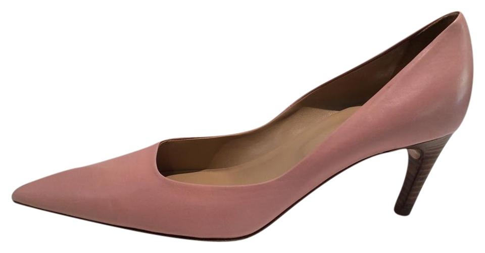 0c70be5c9a60 Roger Vivier New Pointy Toe Blush Low Heel Leather Pumps. Size  US 10 ...