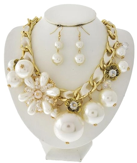 EsMor Antique Gold Tone Cream Synthetic Pearl & Fabric Clear Glass Necklace & Earring