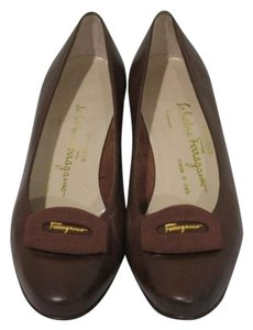 Salvatore Ferragamo Winter Fall Work Designer Vintage Heels Brown Pumps