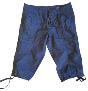 Calvin Klein Cropped Pants / Shorts for the Active Person