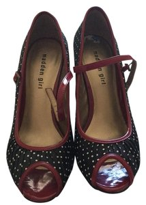 Madden Girl Black with white polka dots and red edging Pumps