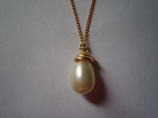 Other Teardrop faux pearl necklace