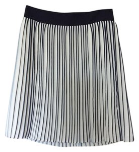 J.Crew Pleated Lightweight Skirt Navy and White